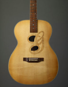 Sitka Spruce Top, Rosewood bridge